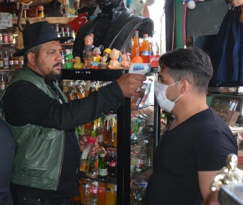 Kayseri'de kafe ve restoranlarda tedbirli yeni dönem başladı