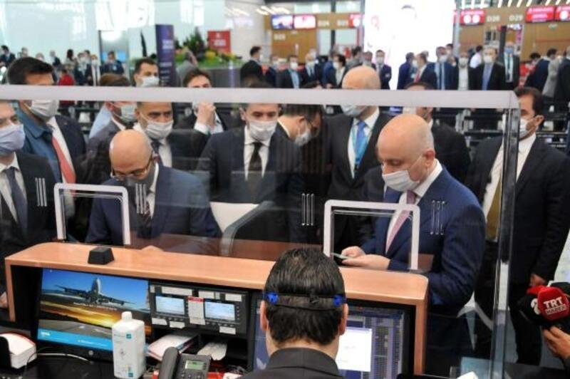 'Yeni normal'in ilk uçuşu Ankara'ya gerçekleşti