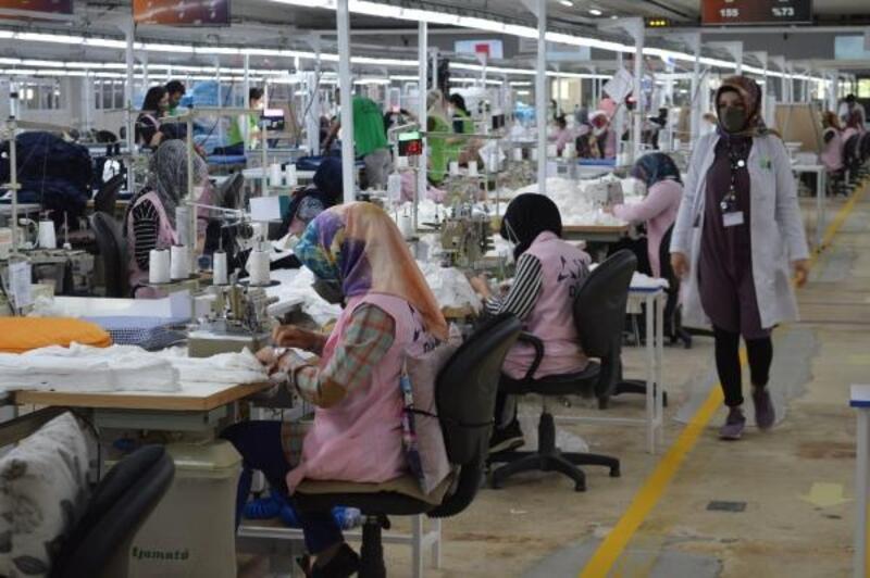 Elazığ'daki tekstil fabrikaları üretime başladı