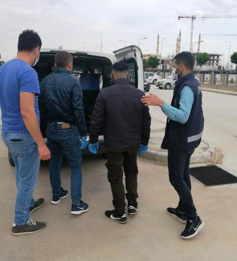 Hırsızlık şüphelileri polisten kaçamadı