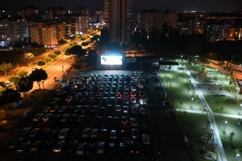 Antalyalılar, 'Mandıra Filozofu'yla güldü
