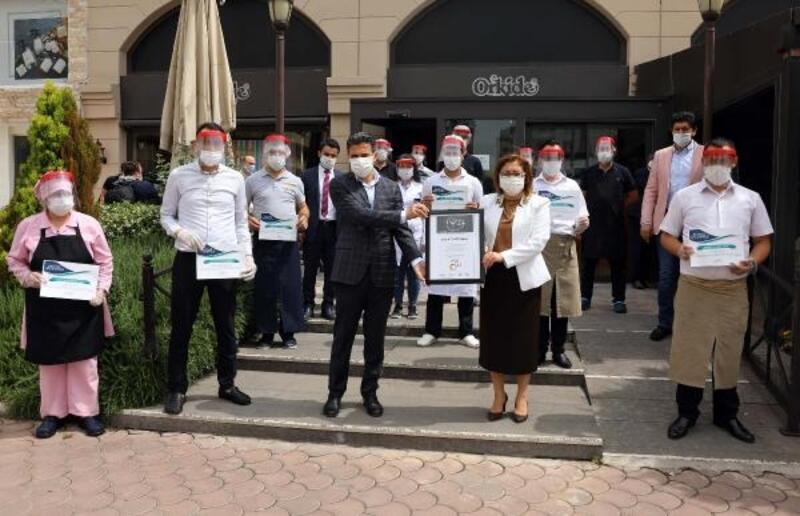 Gaziantep'te 'Fıstık gibi' sertifikaları dağıtmaya başladı