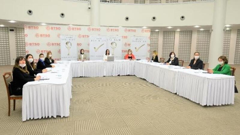 Kadın girişimciler dijital zirvede buluştu