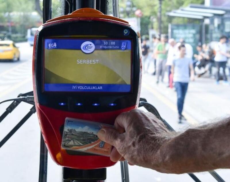 Ankara'da, 65 yaş ve üstüne ücretsiz ulaşım uygulaması yeniden başlatıldı