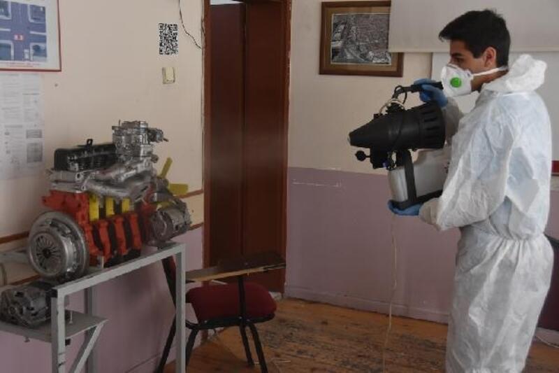 Kocasinan Belediyesi, sürücüsü kurslarını dezenfekte etti