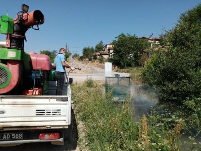 Tokat Belediyesi'nden larva ile mücadele çalışması