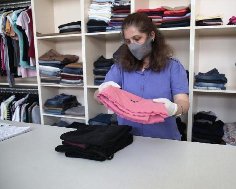 Nilüfer Belediyesi'nin 'Giymiyorsanız Giydirin' hizmeti yeniden başladı