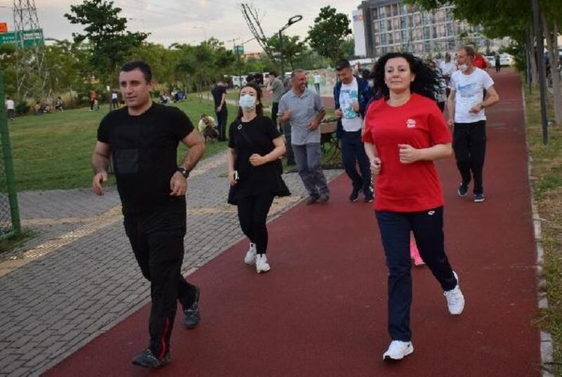 Nilüfer Belediyesi'nin 'Sağlığa Adım At' yürüyüşleri yeniden başladı