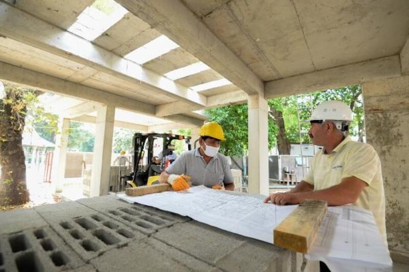 Muratpaşa Camii'nde inşaat sürüyor
