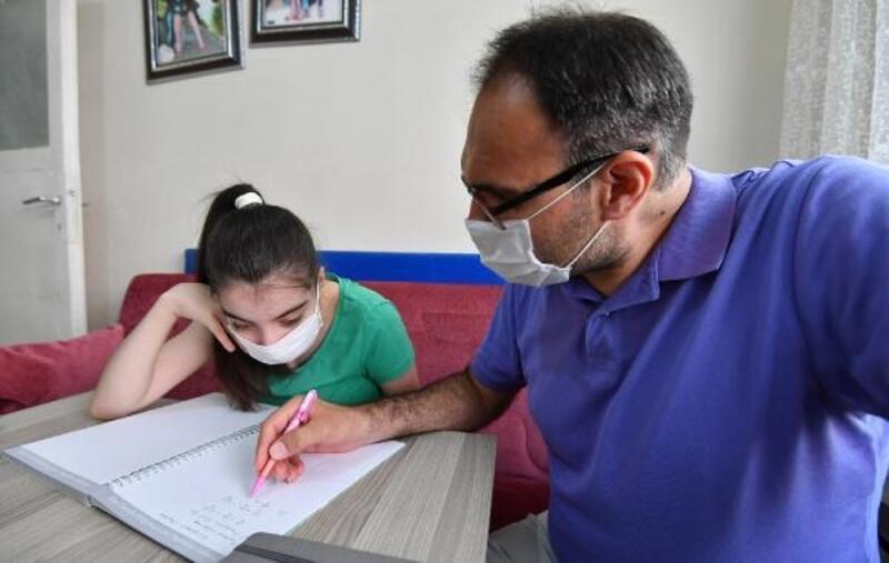 Osmangazi Belediye Başkanı Dündar, Sevcan'ın özel ders isteğini yerine getirdi