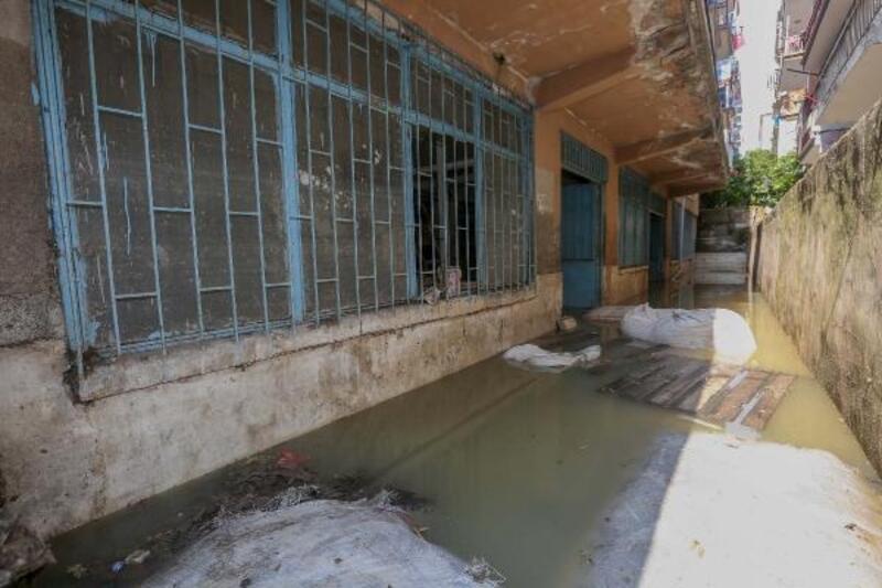 Yenimahalle Belediyesi'nden sağanaktan zarar görenlere yardım