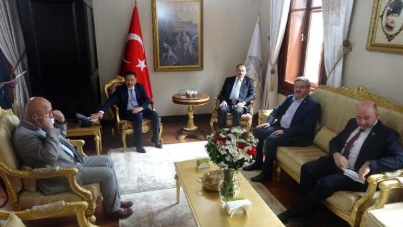 AK Parti heyetinden Vali Çiçek'e hayırlı olsun ziyareti