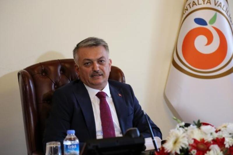 Antalya Valisi Yazıcı göreve başladı