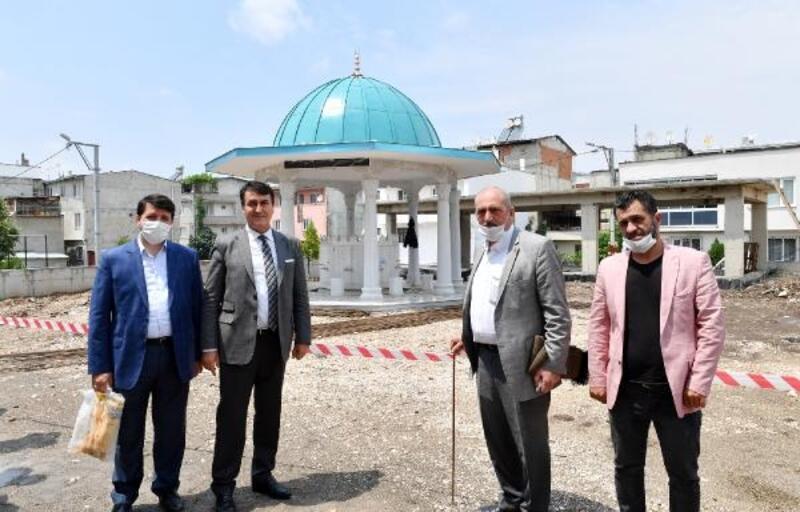 Osmangazi Belediyesi cami bahçelerini yeniliyor