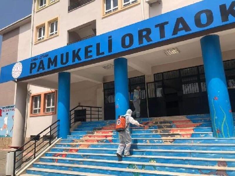 Ceyhan'da okullar YKS için dezenfekte edildi