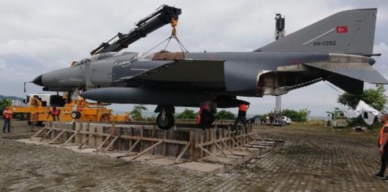 Emektar savaş uçağı, Rize'de