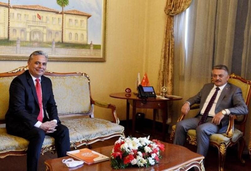 Başkan Uysal, Vali Yazıcı'yı ziyaret etti