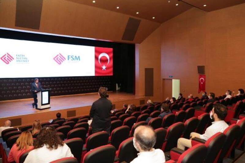 10. yılda Fatih Sultan Mehmet'in tuğrasından yeni logo