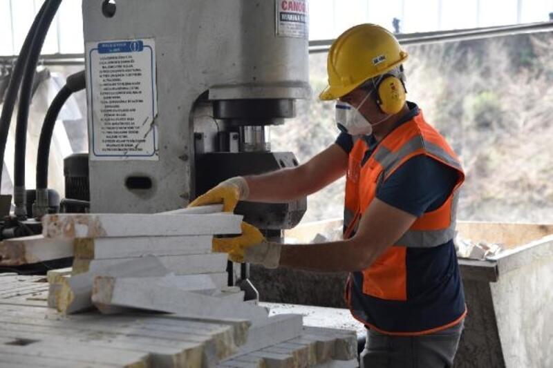 Samsun'da yılda 25 bin ton doğal taş, işleniyor