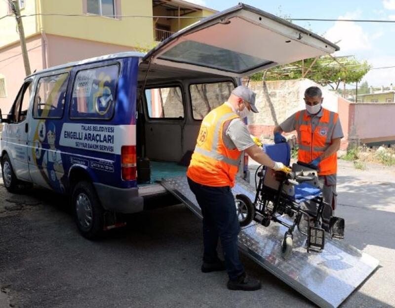 Talas'ta engelli vatandaşların araçları bakımdan geçiriliyor