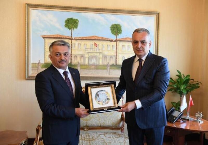 Başkan Esen'den Vali Yazıcı'ya 'hayırlı olsun' ziyareti