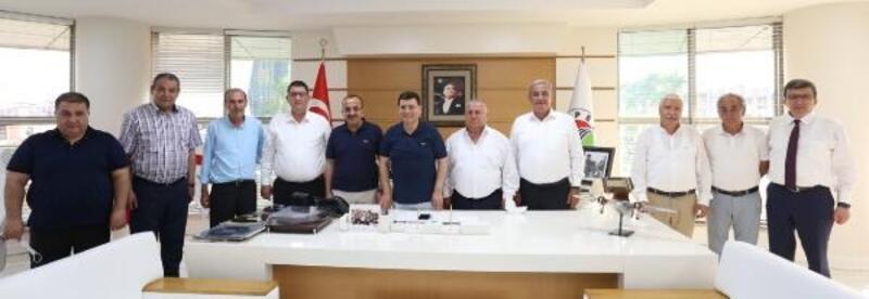 Esnaf birlik başkanlarından Tütüncü'ye kira teşekkürü