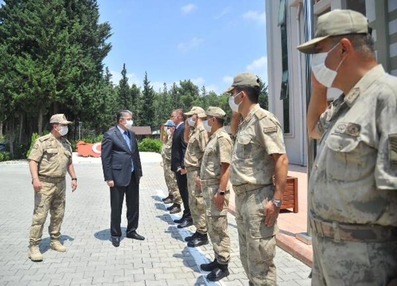 Vali Yılmaz, İl Jandarma Komutanlığı'nı ziyaret etti