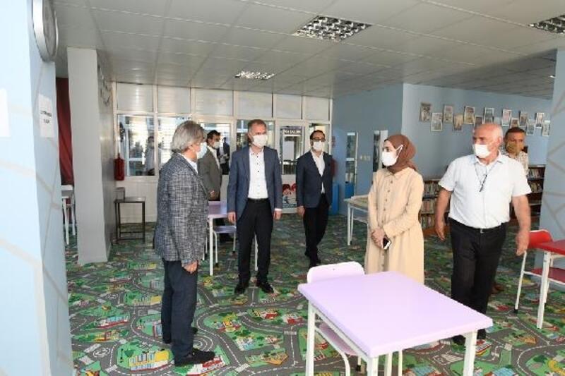 Kültür ve Turizm Bakan Yardımcısı Ahmet Misbah Demircan,İnegöl'e ziyarette bulundu