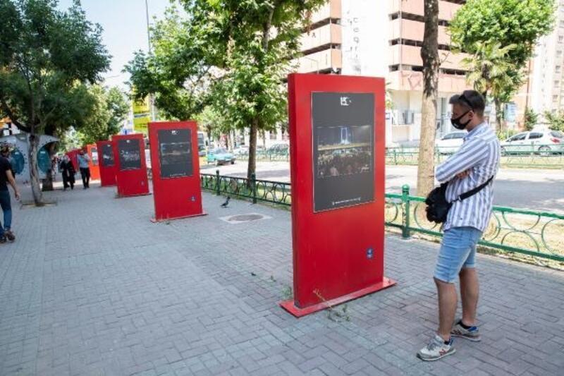 Bursa Büyükşehir Belediyesi 15 Temmuz'u unutturmamak için fotoğrafları sergiledi