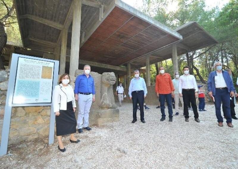 Gaziantep Valisi Gül ve Belediye Başkanı Şahin'den müze gezisi