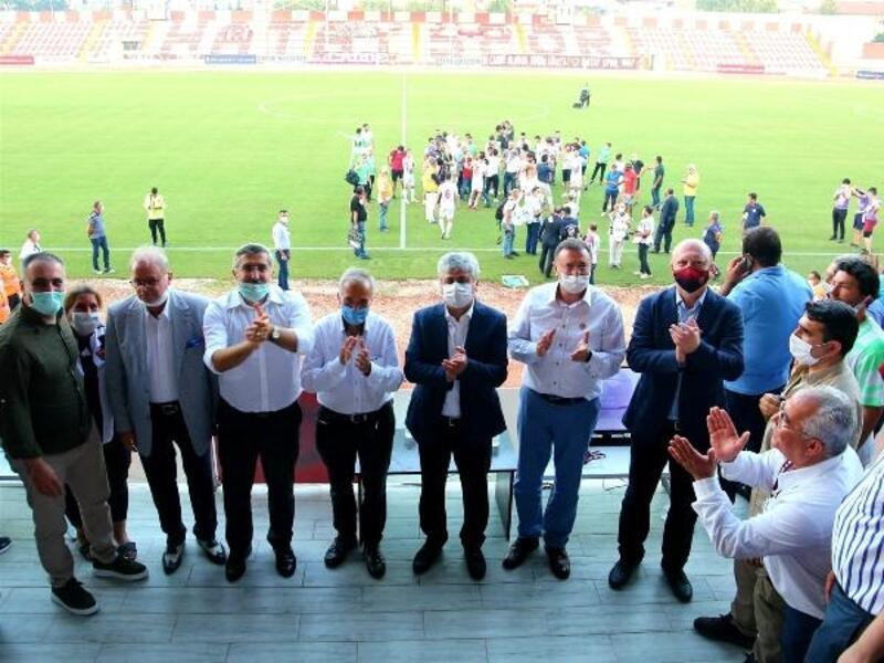 Vali Doğan'dan Hatayspor'a tam destek
