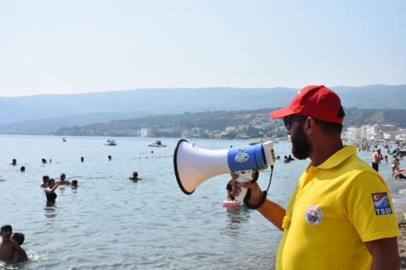 Gemlik sahillerinde cankurtaranlar göreve başladı