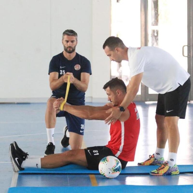 Antalyaspor, Alanyaspor maçına hazırlanıyor