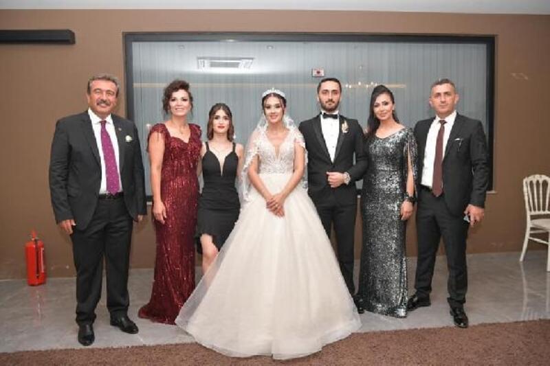 Başkan Soner Çetin kızı Melike'nin nikahını kıydı