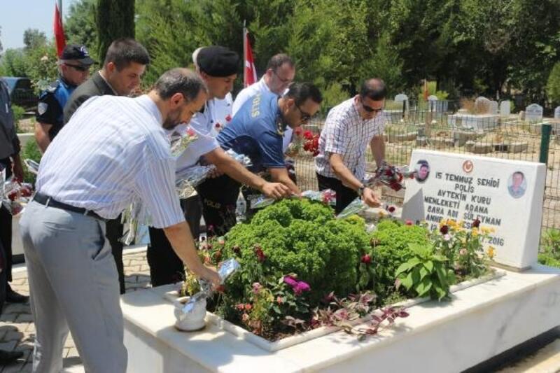 15 Temmuz şehidi Aytekin Kuru mezarı başında anıldı