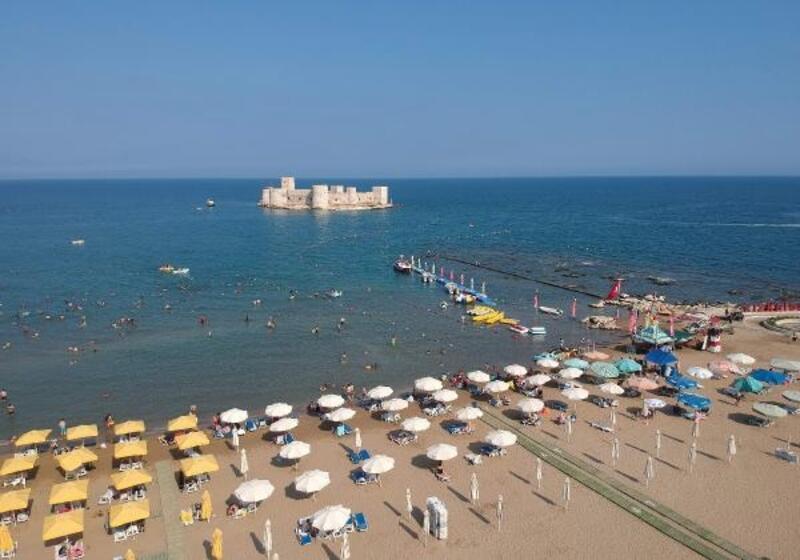 Doğu Akdeniz'in önemli plajlarındaki mavi bayraklar yenilendi