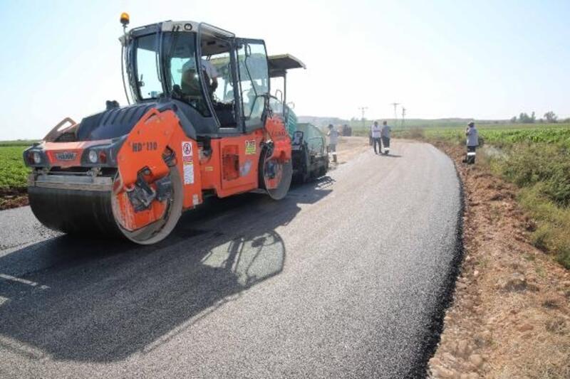 Büyükşehir'in asfalt hamlesi sarı sıcakta da hız kesmedi