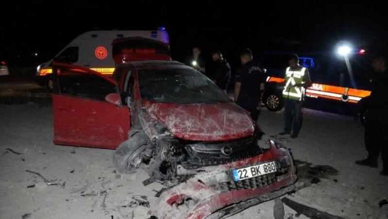Edirne'de takla atan otomobilin sürücüsü yaralandı