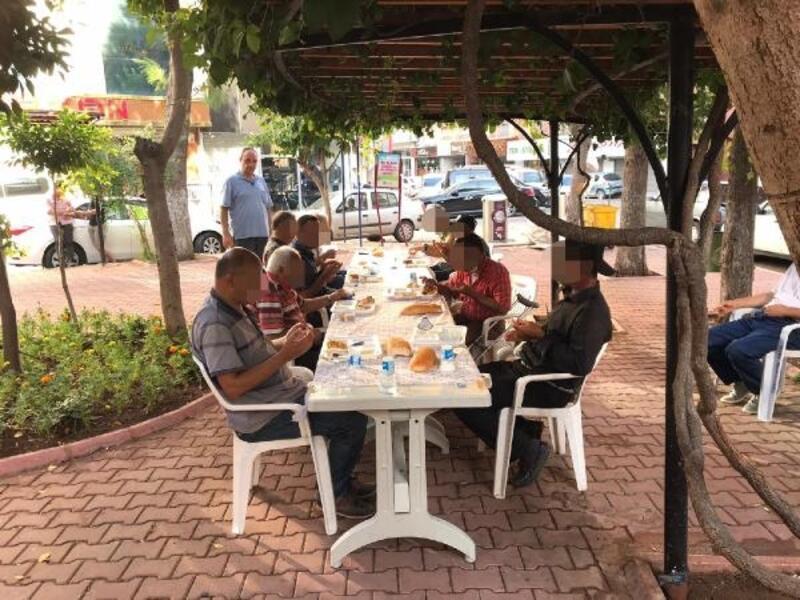 Seyhan Belediyesi'nden, yoksul ve kimsesizlere sıcak yemek