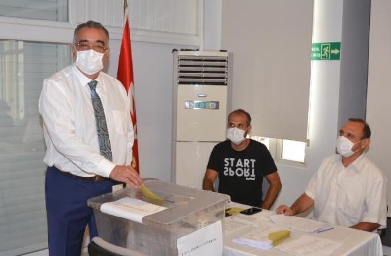 Adana Diş Hekimleri Odası'nda Fatih Güler güven tazeledi