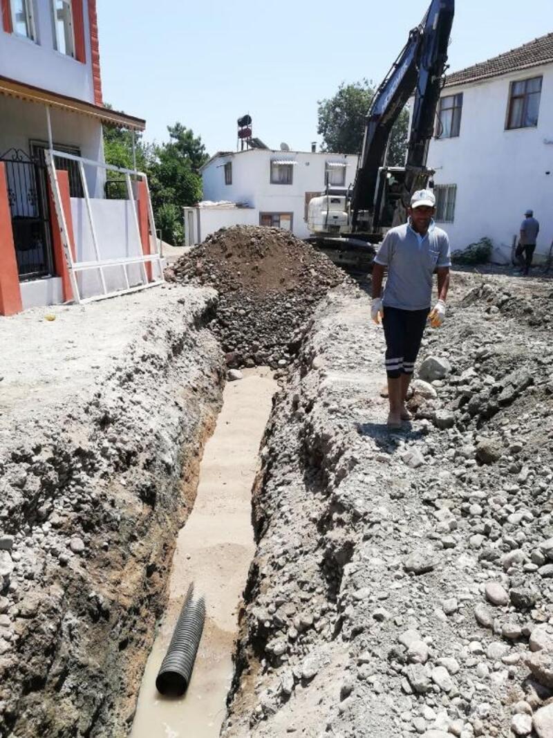 ASAT, 3 ilçede kanalizasyon çalışmasını sürdürüyor