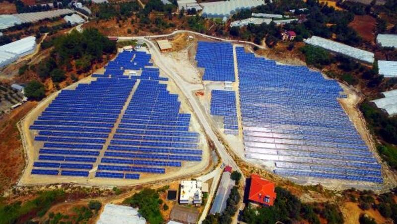 Paneller temizlendi güneşten alınan verimlilik arttı