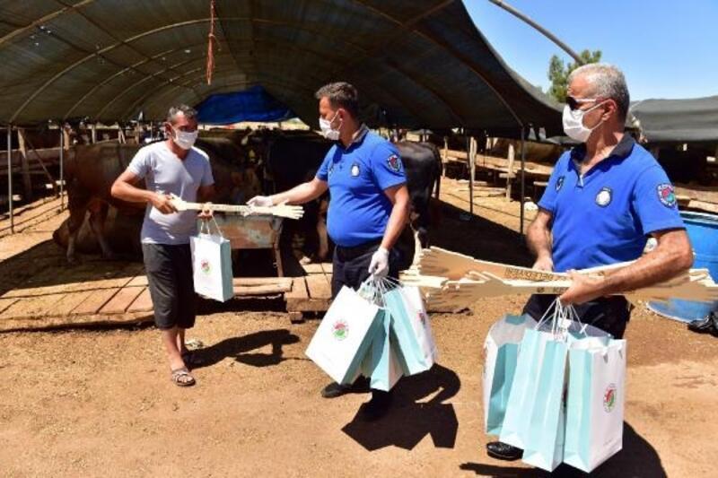 Kepez'in kurban pazarlarında pandemi tedbirleri