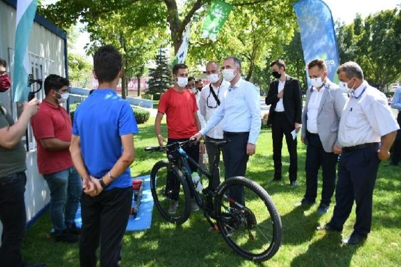 DOSTUM bisiklet takımı yeni yerine kavuştu
