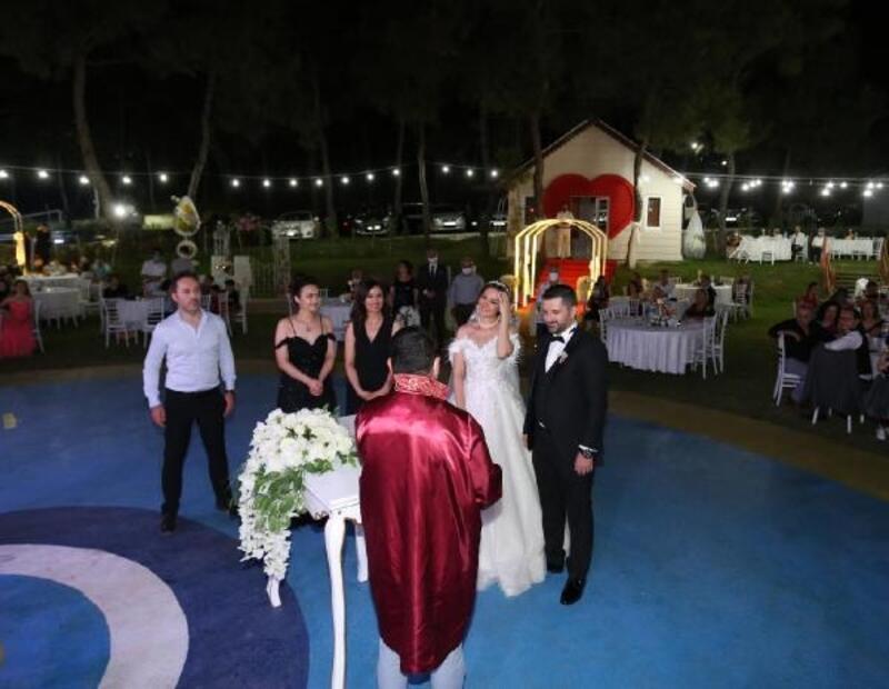 Kepez'e kır düğün salonu