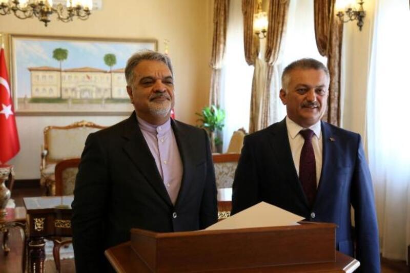 İran'ın Ankara büyükelçisi Antalya'da