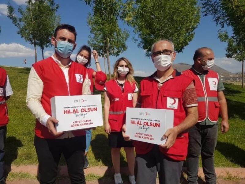 Kayseri'de Türk Kızılay'ı kurban eti dağıtımına başladı