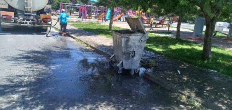 Melikgazi'de kurban kesim yerleri dezenfekte edildi