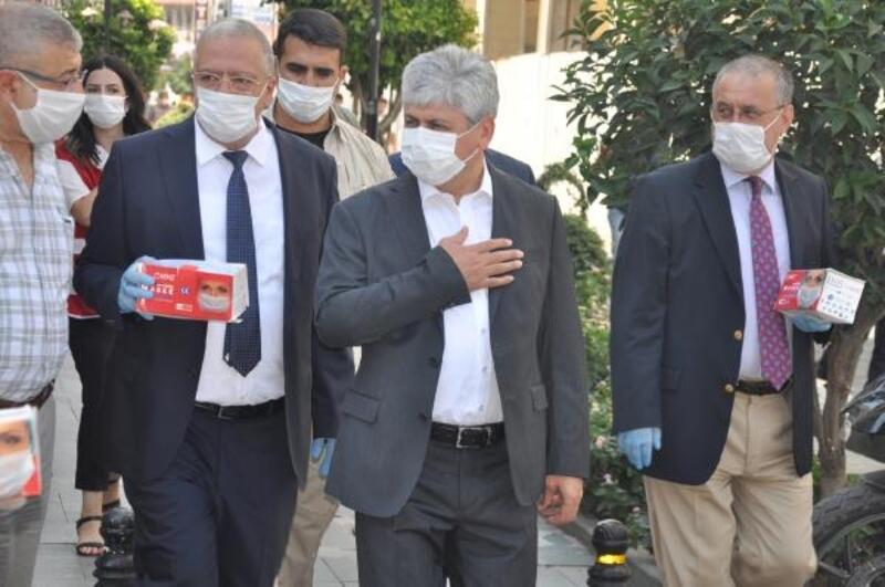 Vali Doğan, kent merkezinde koronavirüs uyarısı yaptı