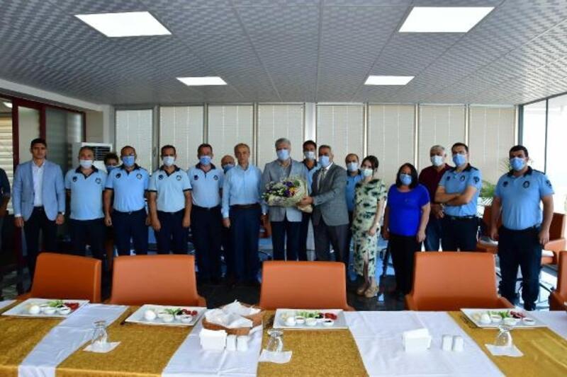 Narlıdere zabıtası 64'ncü yılı kutladı.